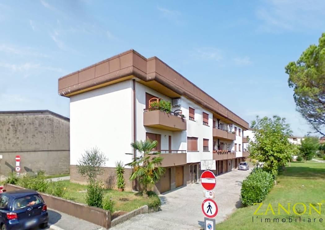 Appartamento in vendita a Mossa, 5 locali, prezzo € 69.000   PortaleAgenzieImmobiliari.it