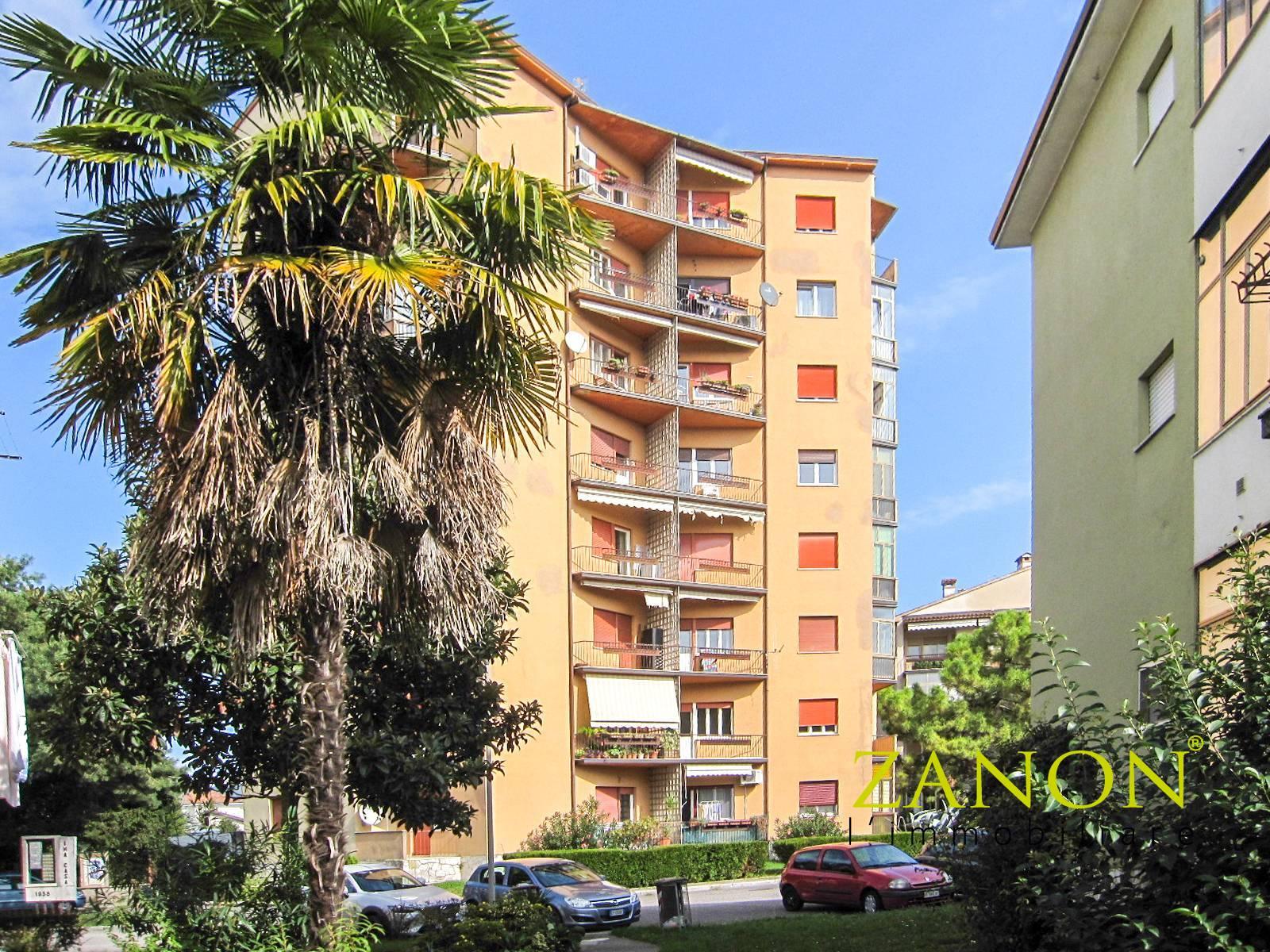Appartamento in vendita a Gorizia, 6 locali, zona Località: Campagnuzza, prezzo € 85.000   PortaleAgenzieImmobiliari.it