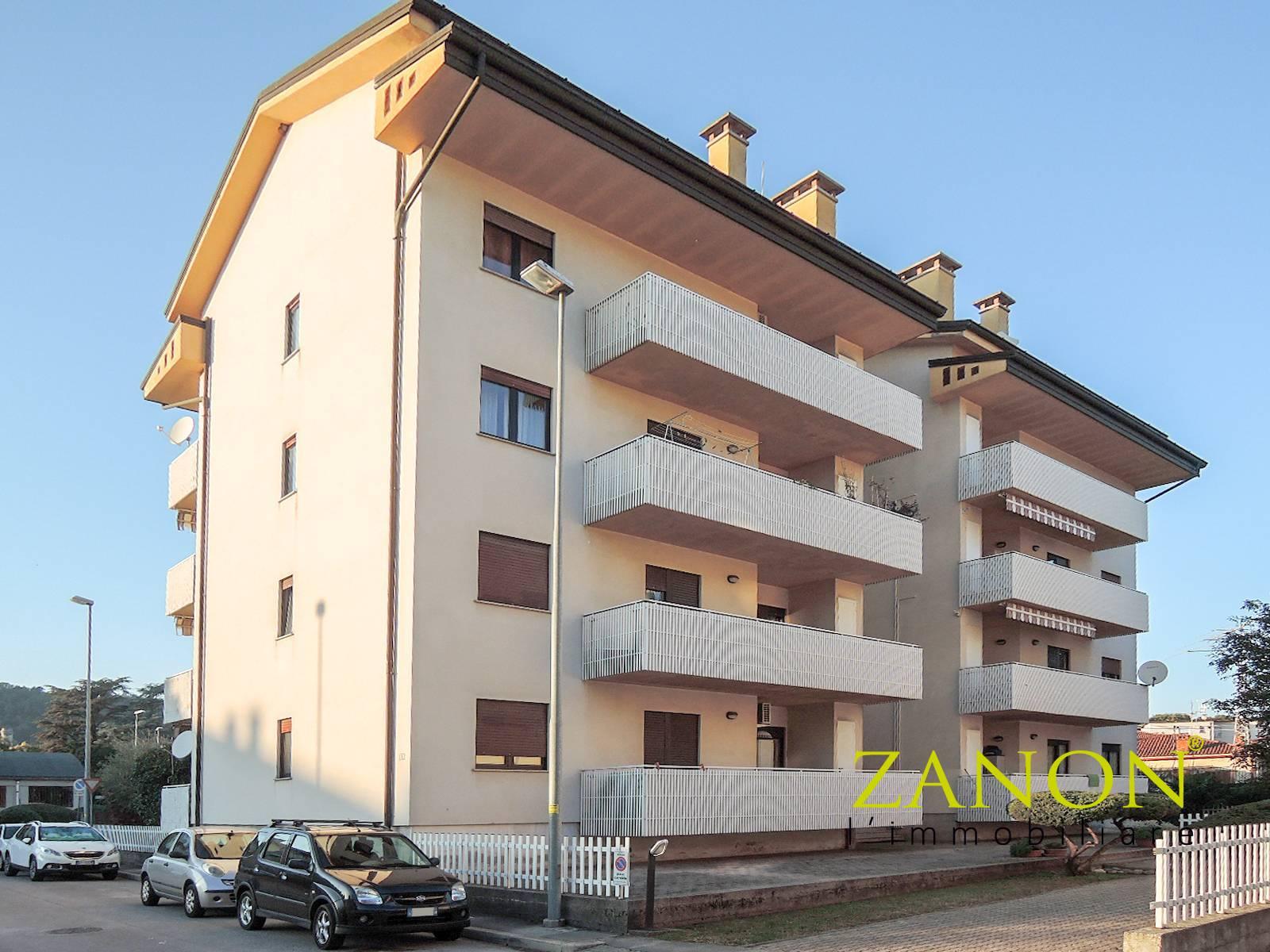 Appartamento in vendita a Gorizia, 7 locali, zona centro, prezzo € 153.000   PortaleAgenzieImmobiliari.it