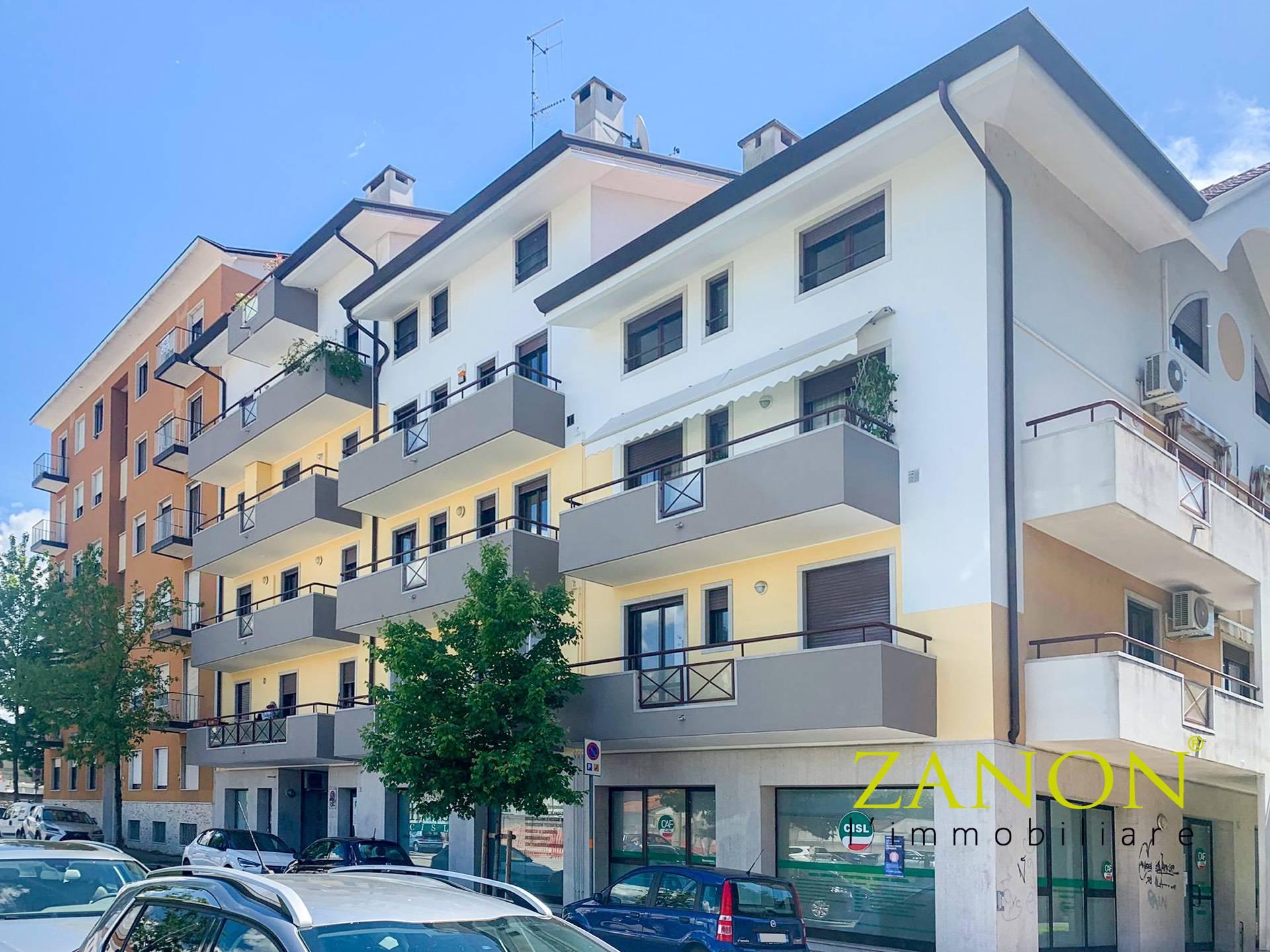 Appartamento in vendita a Gorizia, 8 locali, zona Località: CentraleCorsi, prezzo € 153.000   PortaleAgenzieImmobiliari.it
