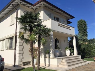 Villa in Vendita<br>a Seravezza