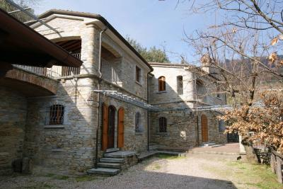 in Summer Rental to Montignoso