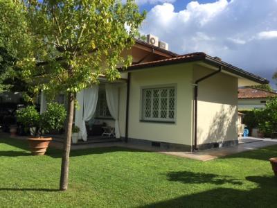 Villa in Vendita<br>a Forte dei Marmi
