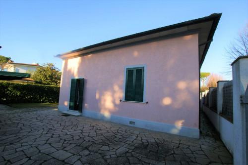 Casa Indipendente in Affitto stagionale a Forte dei Marmi