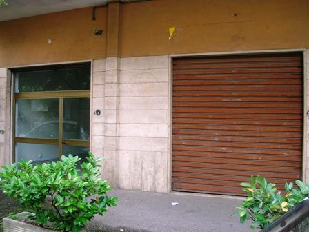 Negozio / Locale in affitto a Cassino, 9999 locali, prezzo € 400 | CambioCasa.it