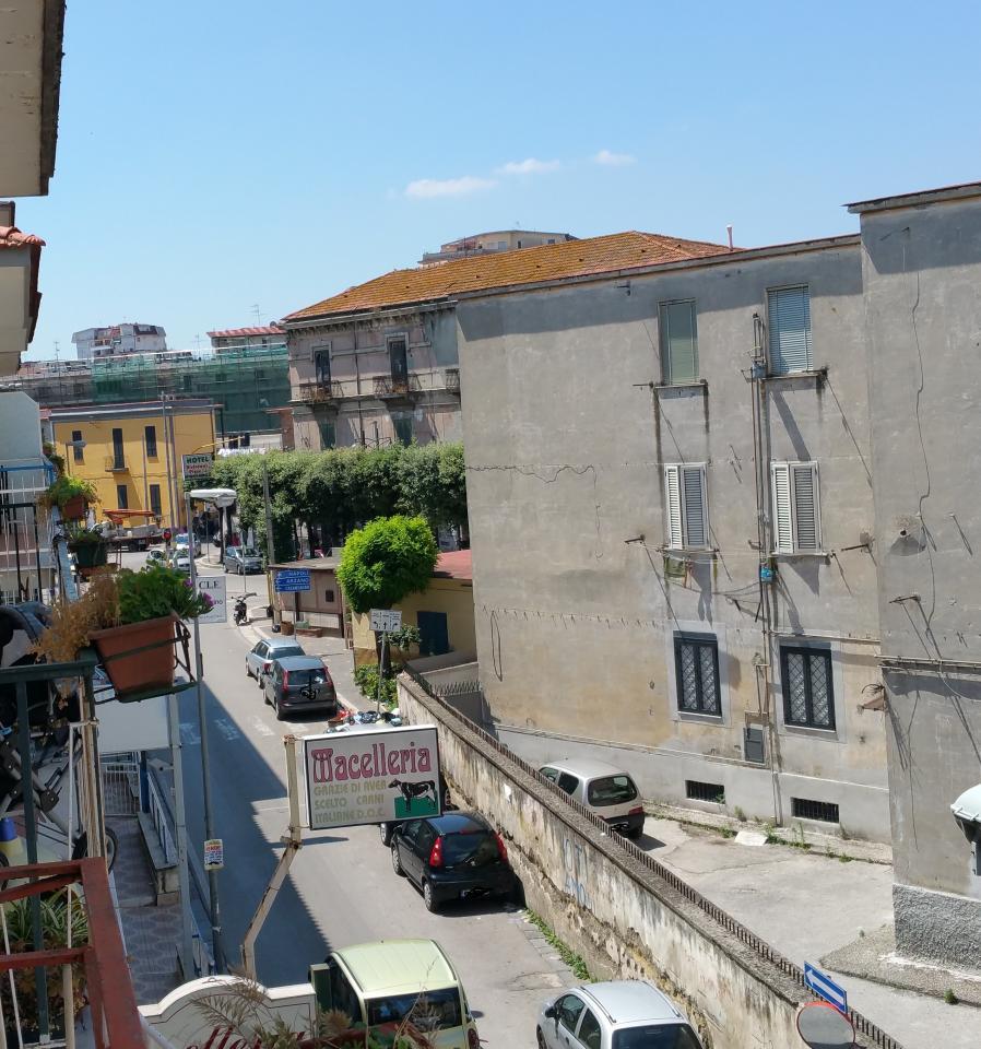 Appartamento in vendita a Melito di Napoli, 3 locali, prezzo € 103.000 | CambioCasa.it