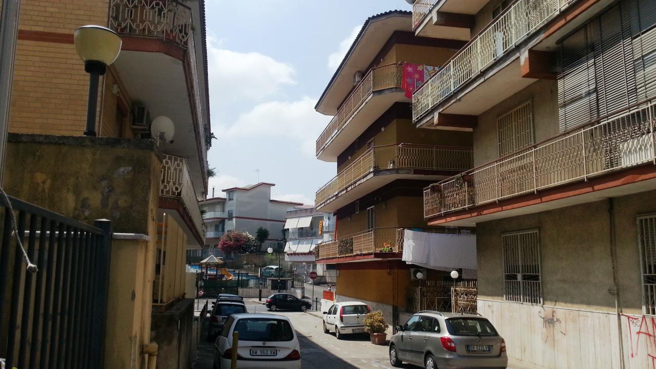 Appartamento in vendita a Qualiano, 3 locali, prezzo € 96.000 | PortaleAgenzieImmobiliari.it