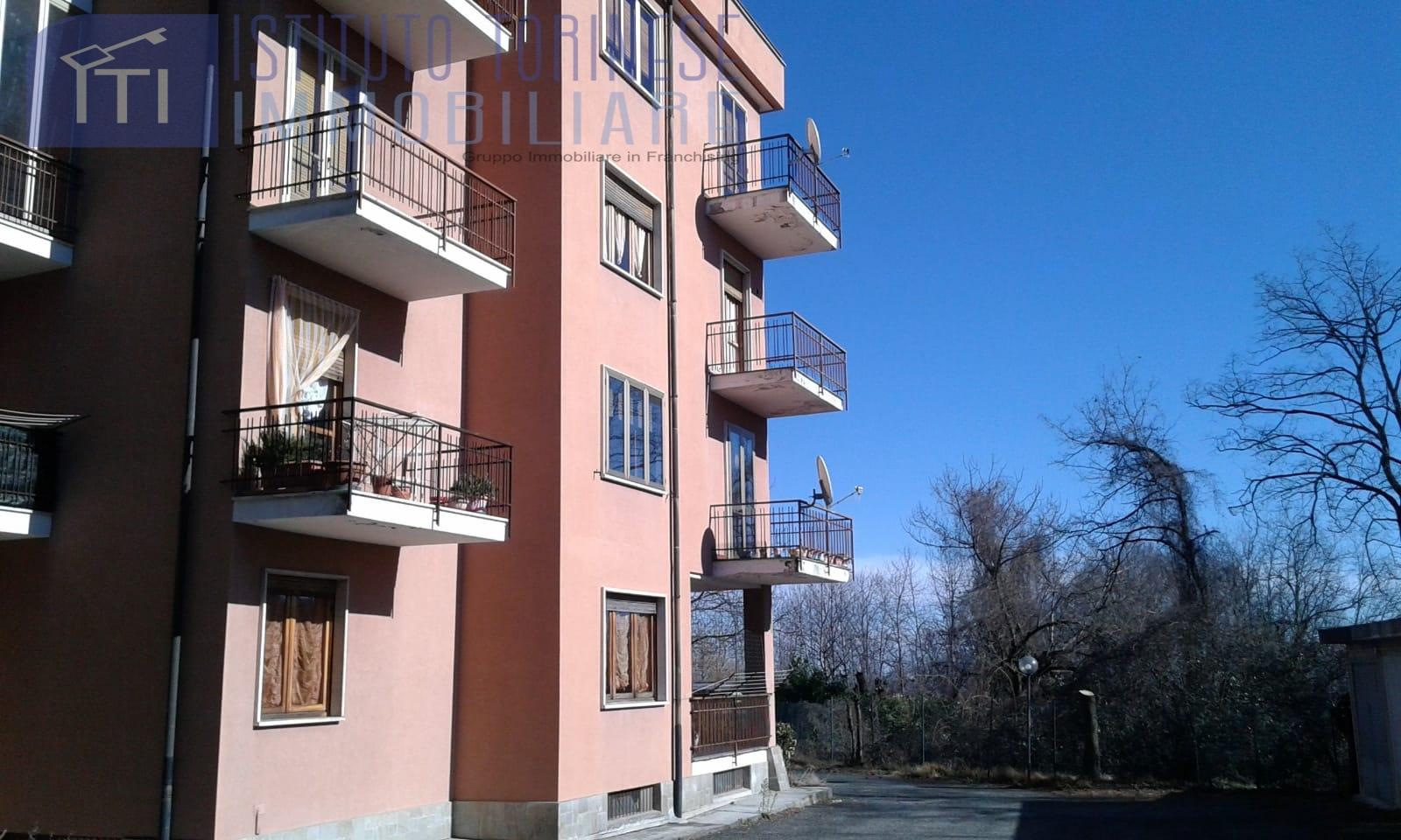 Appartamento in vendita a Forno Canavese, 8 locali, prezzo € 85.000 | CambioCasa.it