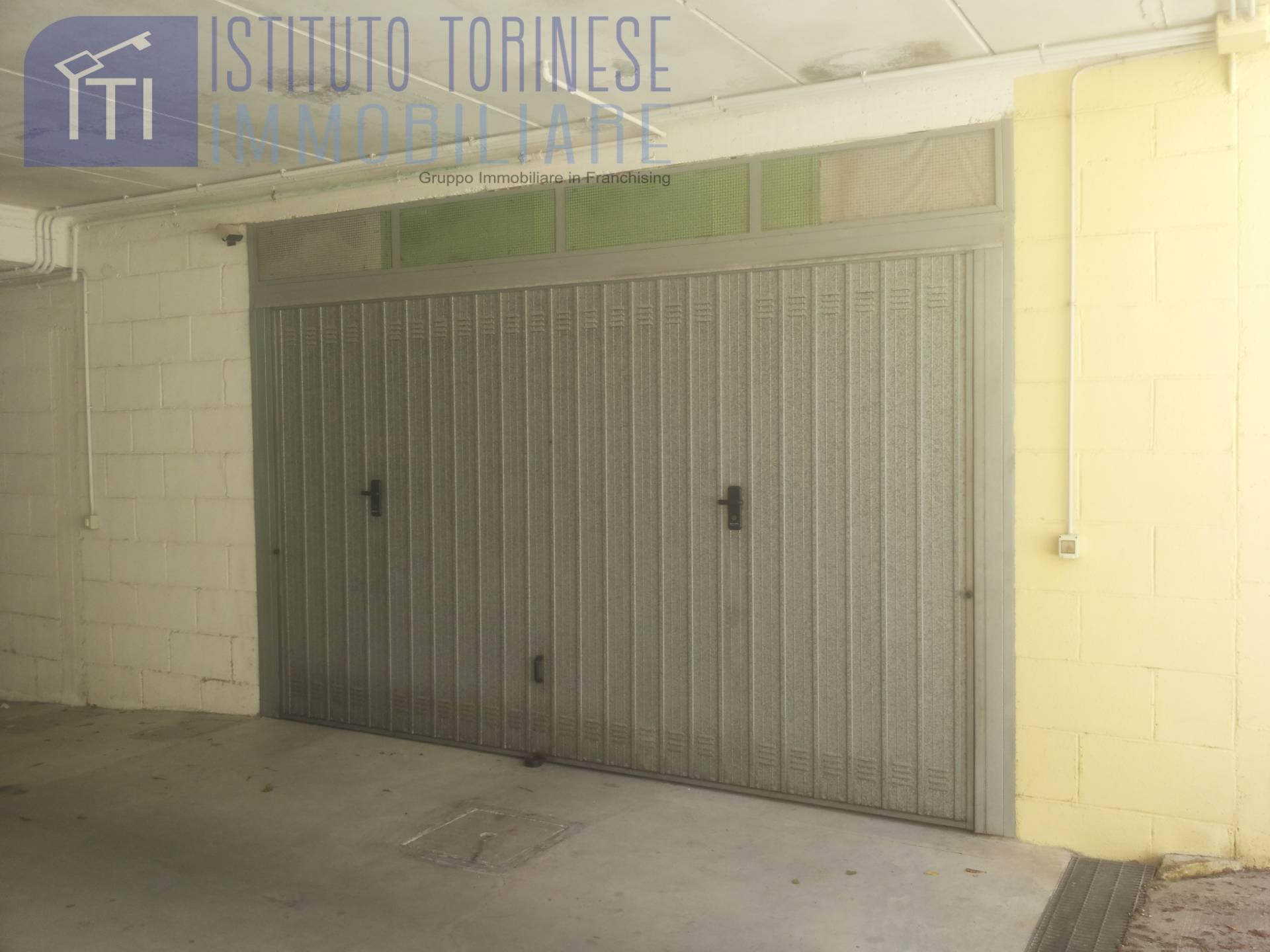 Box / Garage in vendita a Pomezia, 1 locali, zona Località: TorvajanicaAlta, prezzo € 23.000 | CambioCasa.it