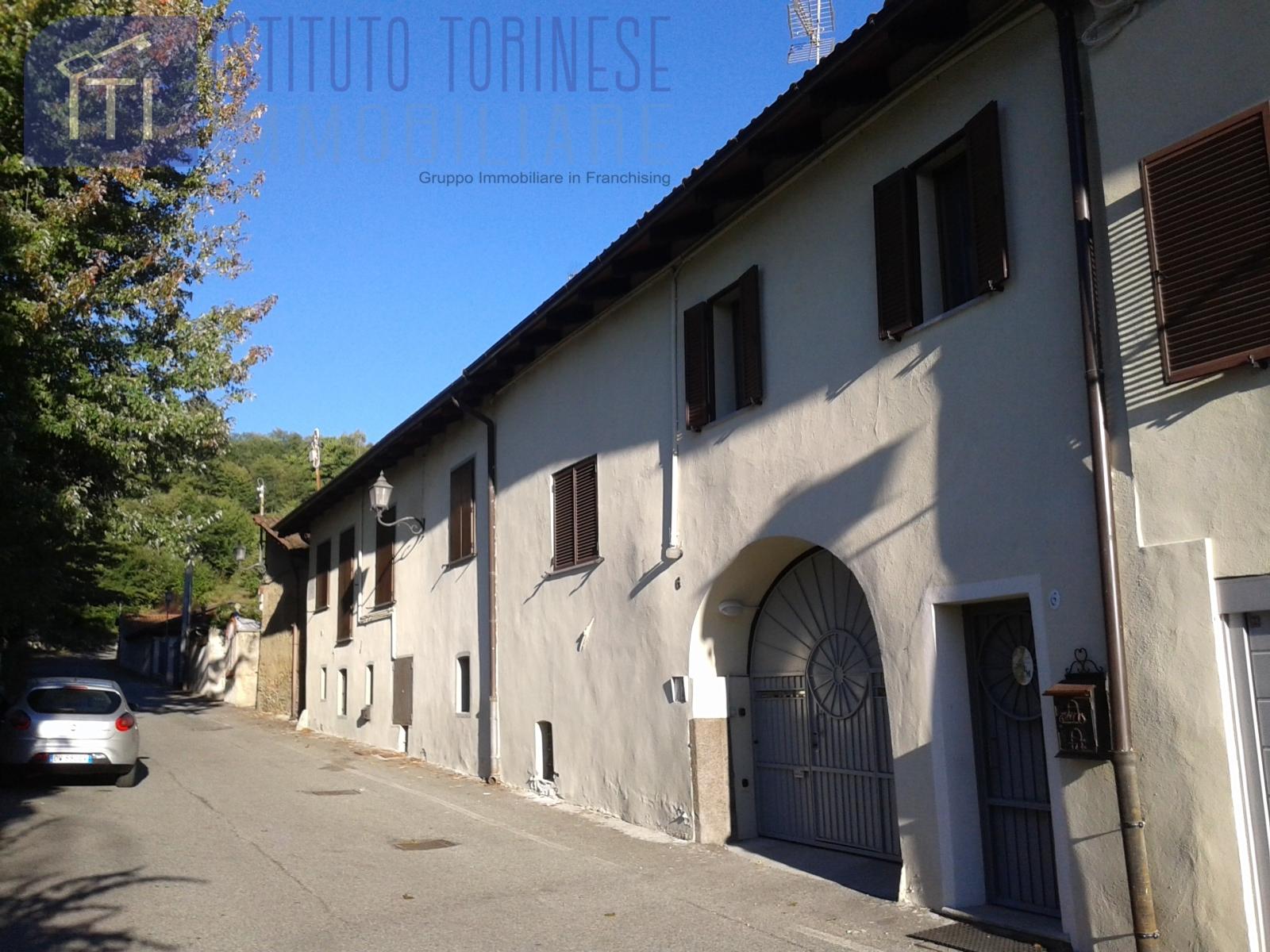 Appartamento in vendita a Dorzano, 4 locali, prezzo € 39.000 | PortaleAgenzieImmobiliari.it