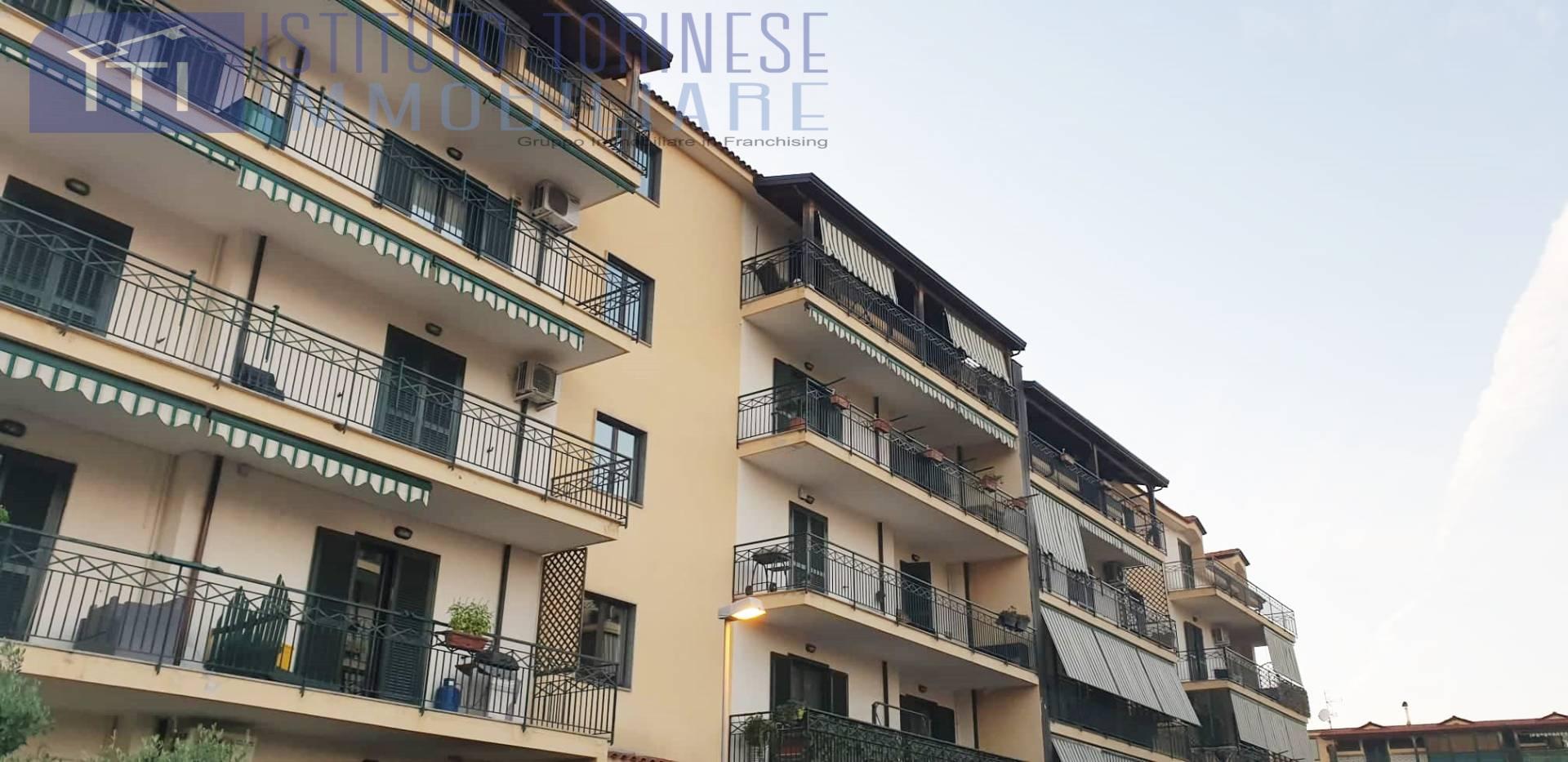 Appartamento in vendita a Villaricca, 3 locali, prezzo € 127.000 | CambioCasa.it