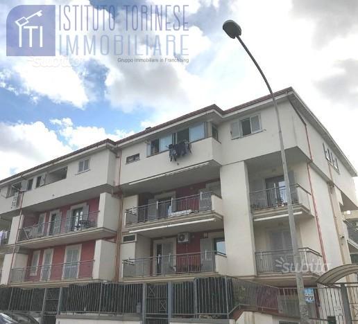 Appartamento in vendita a Aversa, 6 locali, prezzo € 146.000 | CambioCasa.it