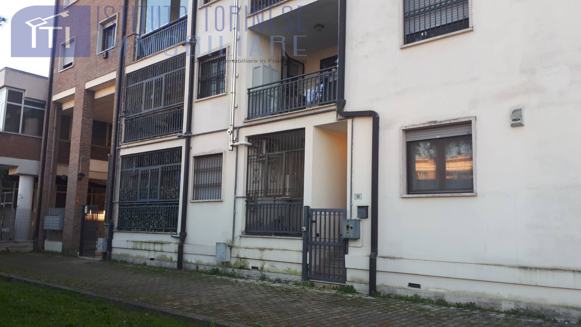Appartamento in vendita a Latina, 3 locali, zona Zona: Semicentrale, prezzo € 98.000 | CambioCasa.it
