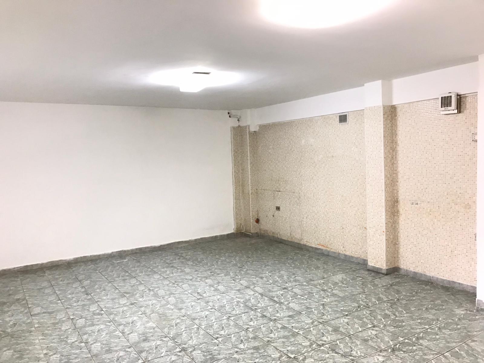 Box / Garage in vendita a Benevento, 1 locali, zona Zona: Pacevecchia , prezzo € 25.000 | CambioCasa.it