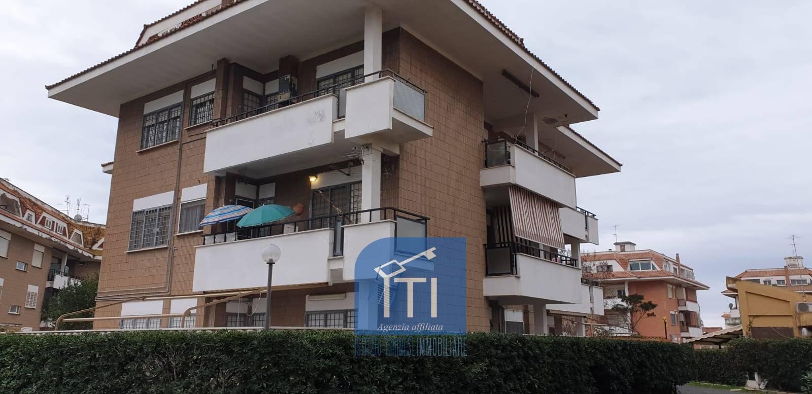 Appartamento in vendita a Ardea, 4 locali, zona Località: MARINADIARDEA, prezzo € 79.000   CambioCasa.it