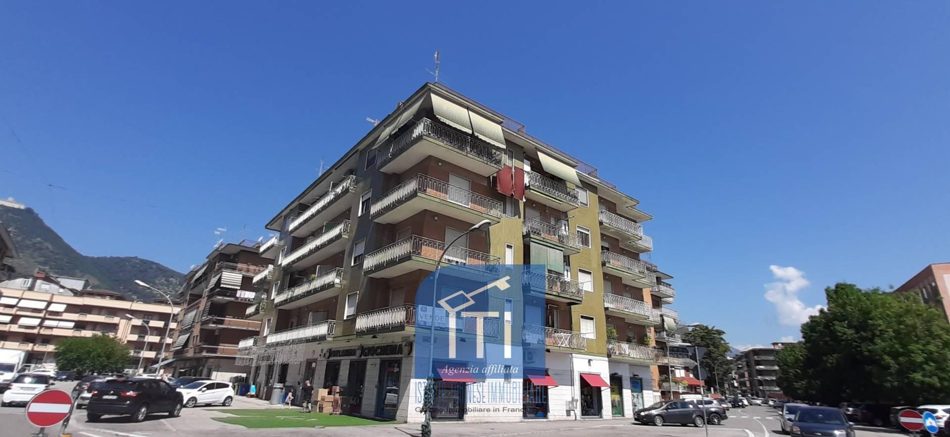 Appartamento in vendita a Cassino, 7 locali, prezzo € 169.000   CambioCasa.it
