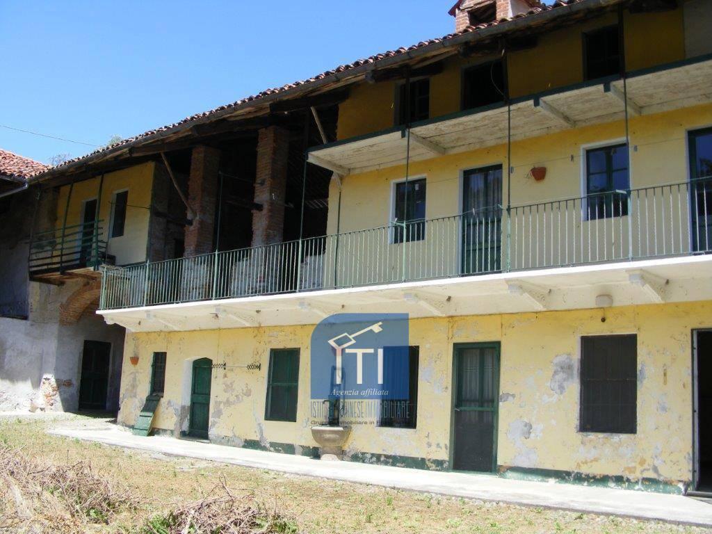 Soluzione Indipendente in vendita a Azeglio, 13 locali, prezzo € 34.000 | CambioCasa.it