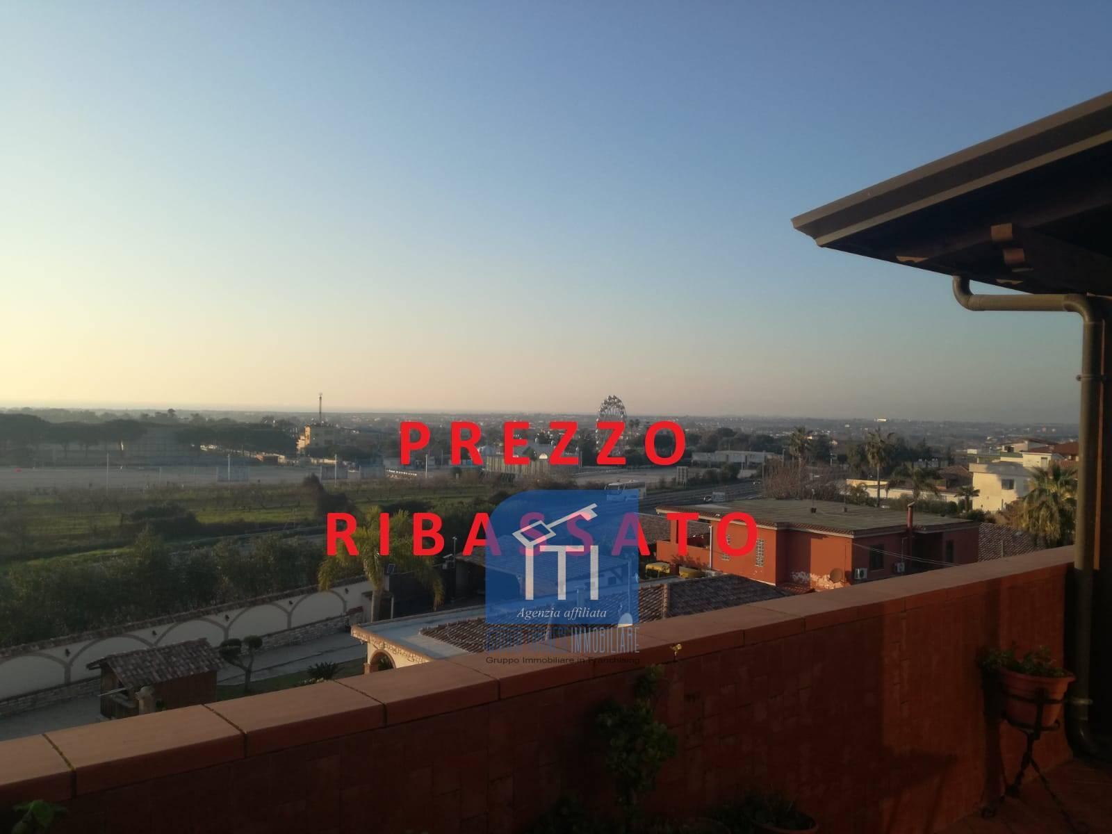 Attico / Mansarda in vendita a Giugliano in Campania, 3 locali, zona la, prezzo € 185.000 | PortaleAgenzieImmobiliari.it
