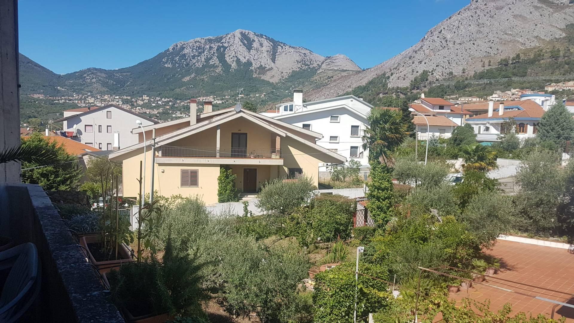 Appartamento in vendita a Foglianise, 8 locali, prezzo € 106.000 | PortaleAgenzieImmobiliari.it