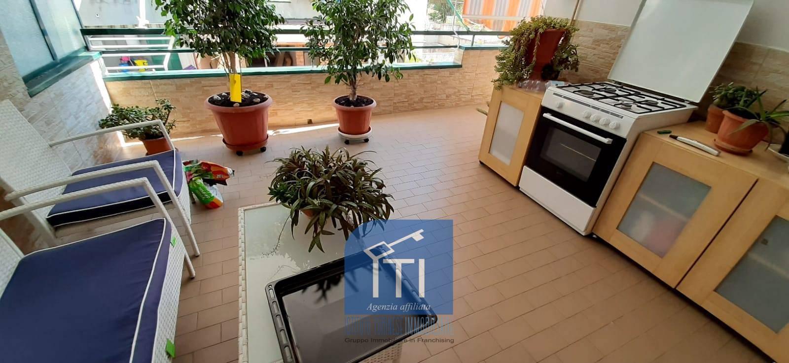 Appartamento in vendita a Melito di Napoli, 3 locali, prezzo € 115.000   CambioCasa.it