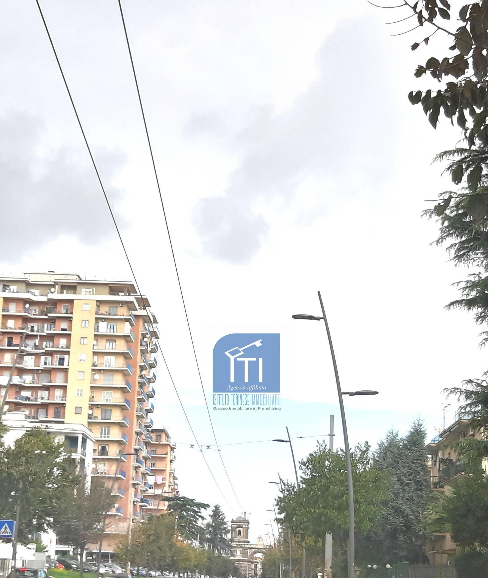 Appartamento in vendita a Aversa, 7 locali, zona Località: Centro, prezzo € 330.000 | CambioCasa.it