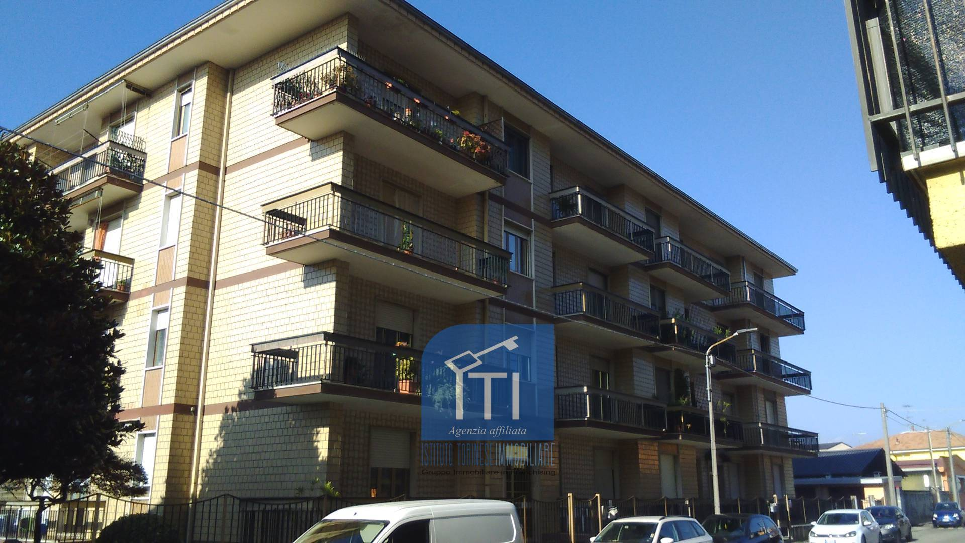 Appartamento in vendita a Santhià, 3 locali, prezzo € 69.000 | CambioCasa.it