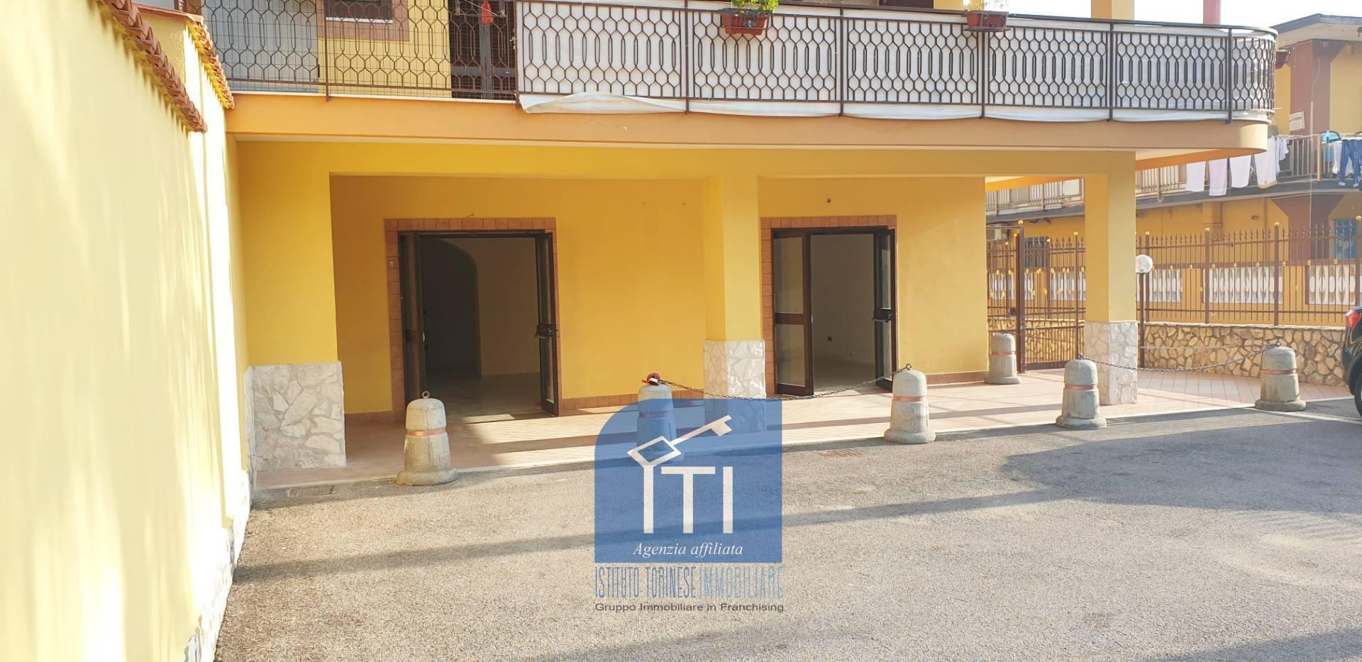 Negozio / Locale in vendita a Castel Volturno, 9999 locali, prezzo € 53.000 | CambioCasa.it