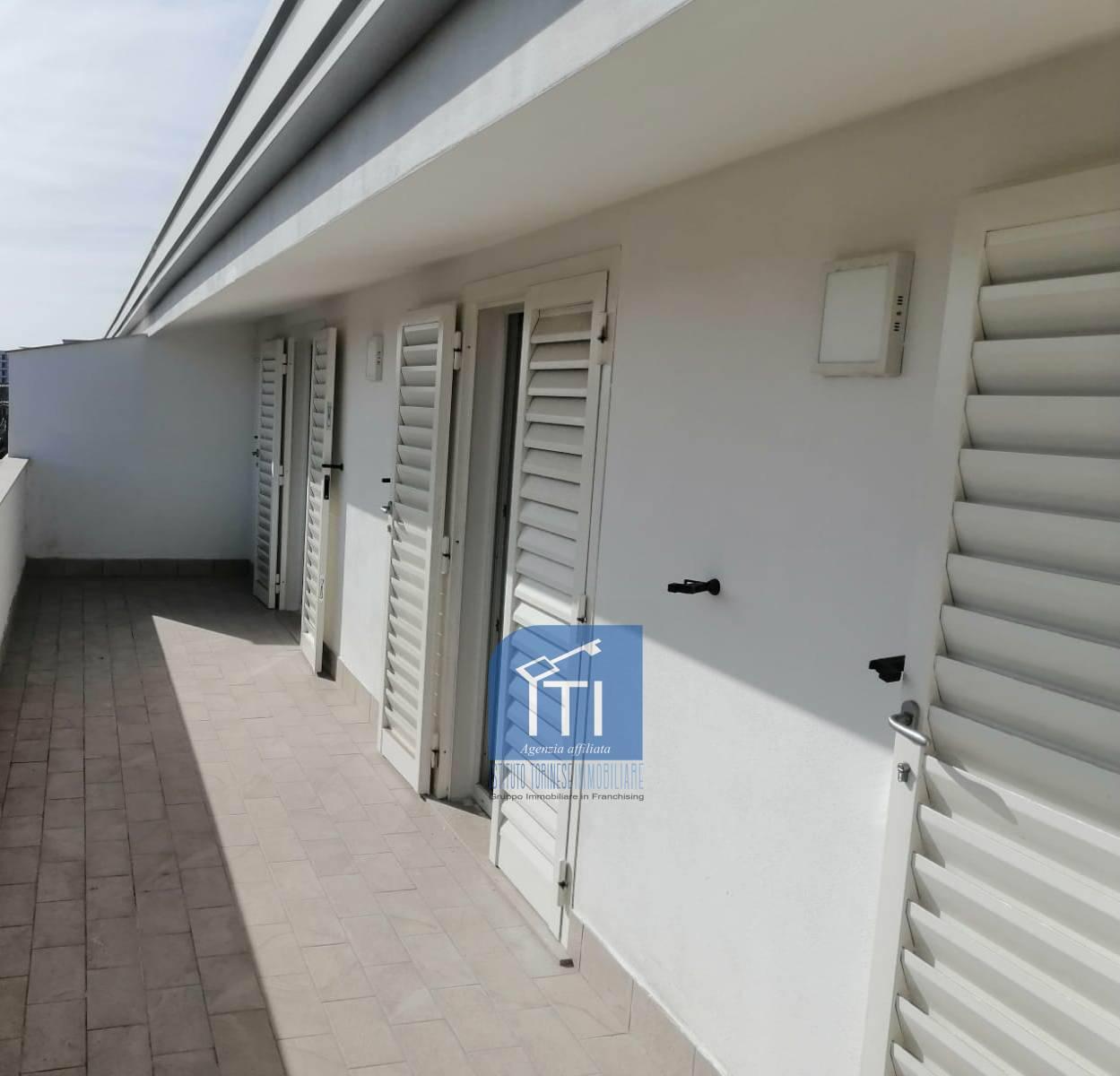 Appartamento in vendita a San Marcellino, 5 locali, prezzo € 145.000 | CambioCasa.it