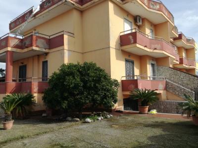 Vai alla scheda: Villa singola Vendita - Giugliano in Campania (NA) | Licola - Codice ITI 013-AA35121