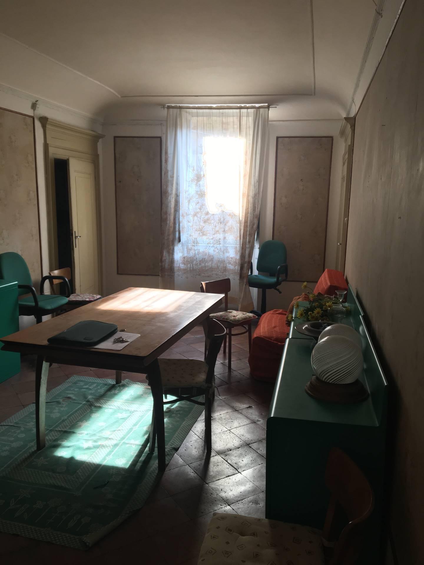 villa unifamiliare indipendente vendita fermo di metri quadrati 290