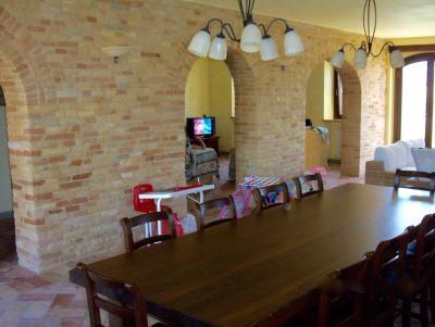 Casale, accessori, parco in Vendita a Sant'Elpidio a Mare