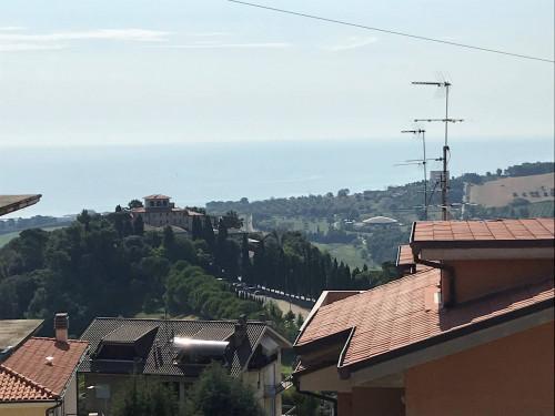 Casa bifamiliare + giardino in Vendita a Fermo
