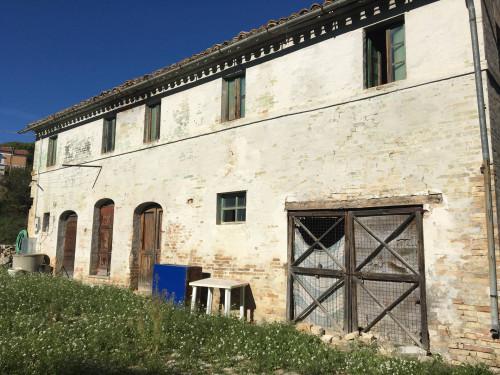 Casa singola in Vendita a Grottazzolina