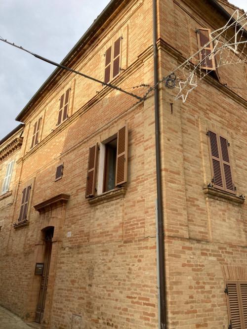 Casa singola in Vendita a Monte Vidon Corrado