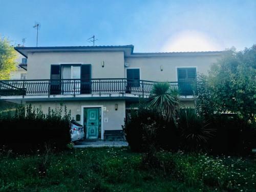 Casa singola in Vendita a Rapagnano