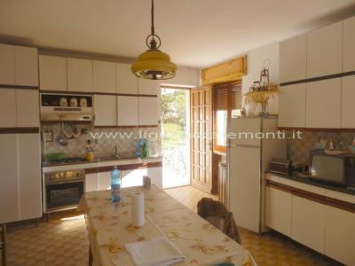 Casa singola in Vendita a Roccaverano
