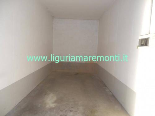 Box o garage in Vendita a Savona