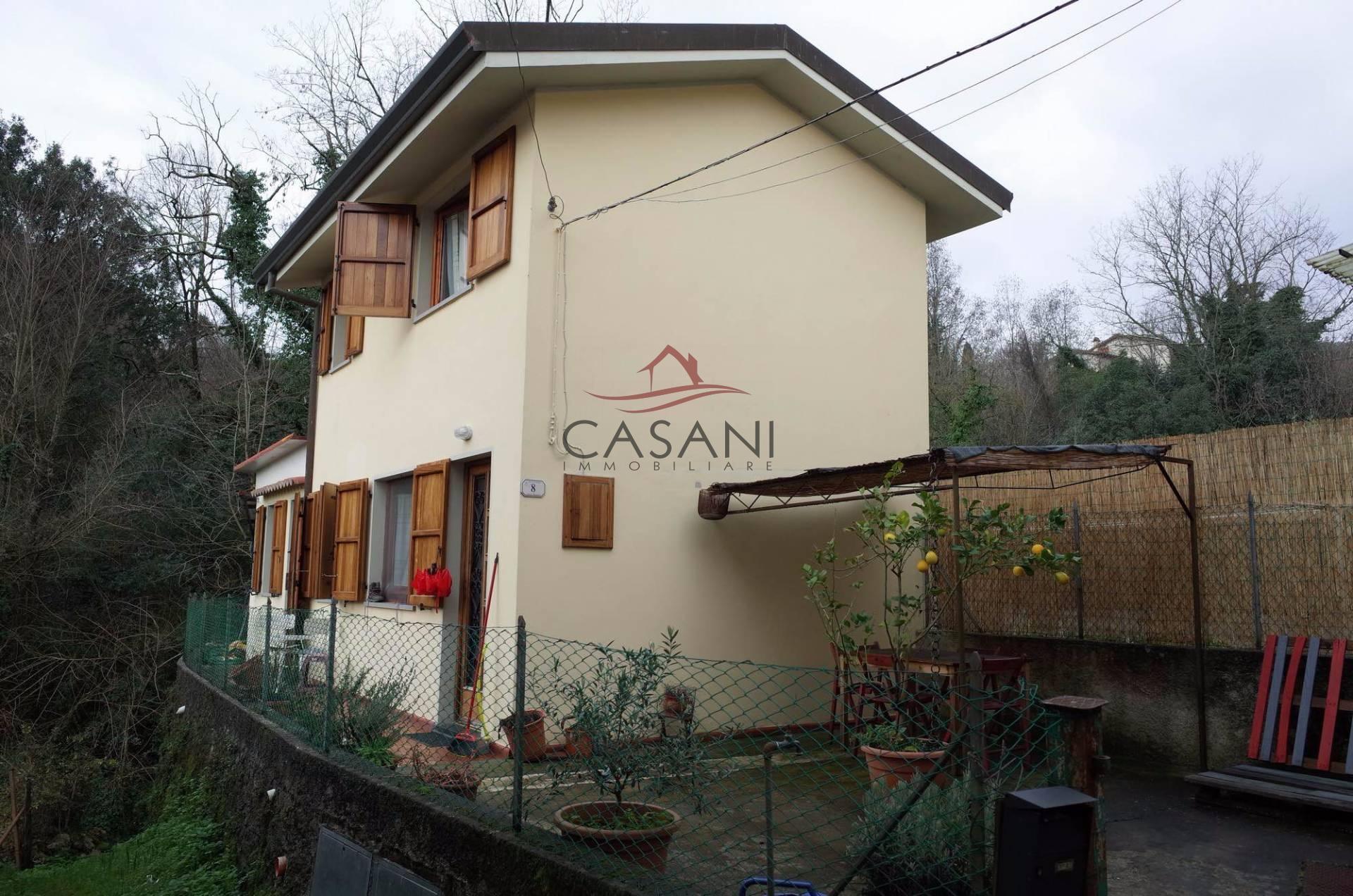 Rustico in vendita a camaiore cod 032 - Acquisto prima casa al rustico ...