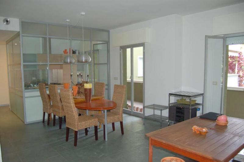 Appartamento in vendita a Riccione, 3 locali, zona Località: PARCO, prezzo € 340.000 | PortaleAgenzieImmobiliari.it