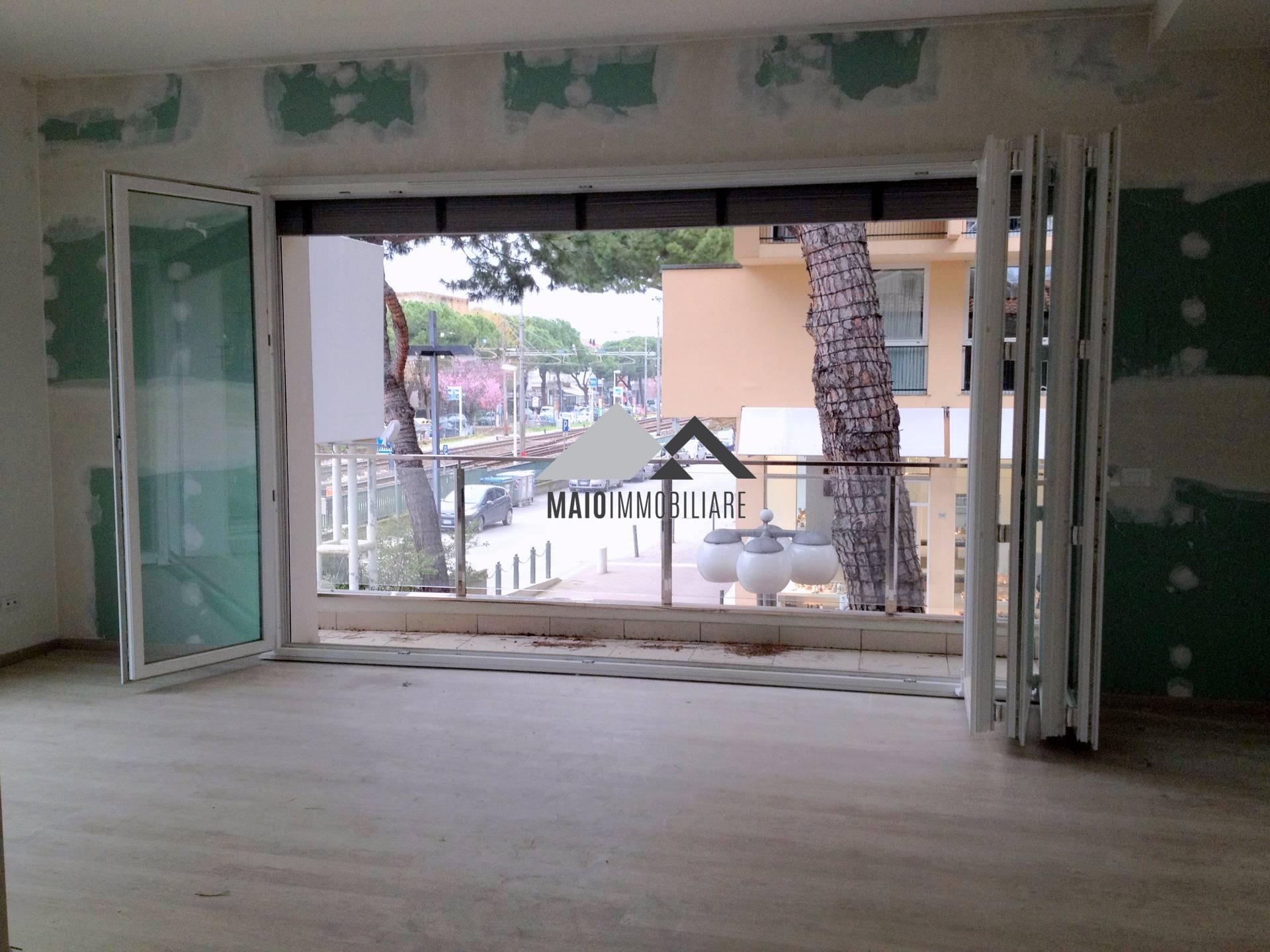 Appartamento in vendita a Riccione, 3 locali, zona Località: CENTRO, prezzo € 399.000 | Cambio Casa.it