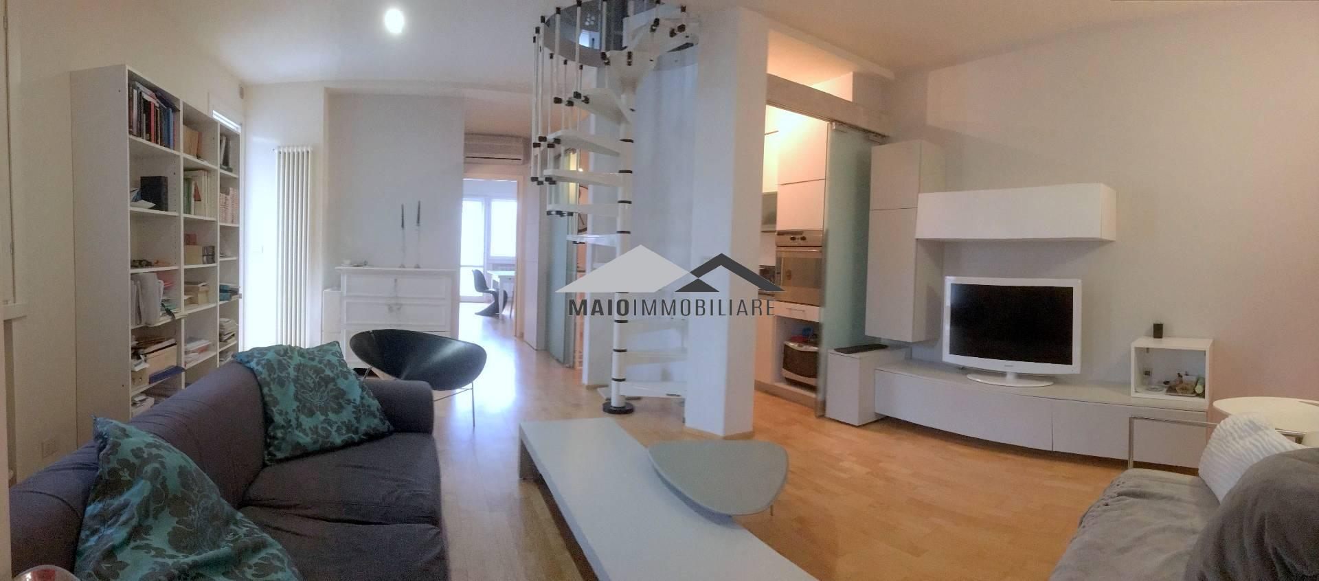 Appartamento in vendita a Riccione, 4 locali, zona Località: TERME, prezzo € 240.000 | Cambio Casa.it