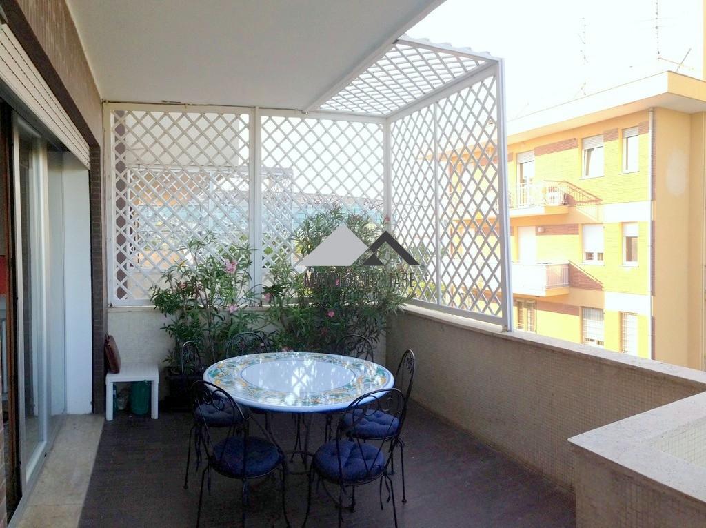 Appartamento in vendita a Riccione, 3 locali, zona Località: CENTRO, prezzo € 720.000 | Cambio Casa.it