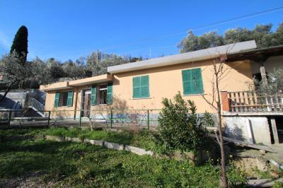 Casa semindipendente in Vendita a Genova