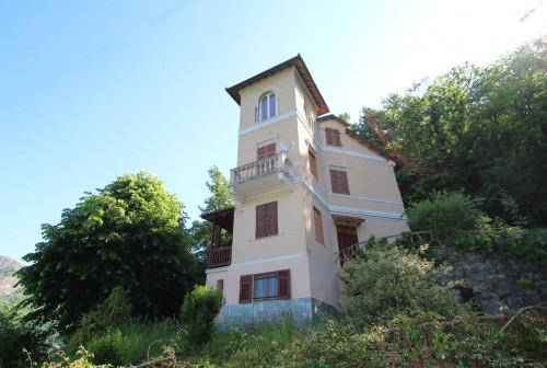 Casa indipendente in Vendita a Savignone