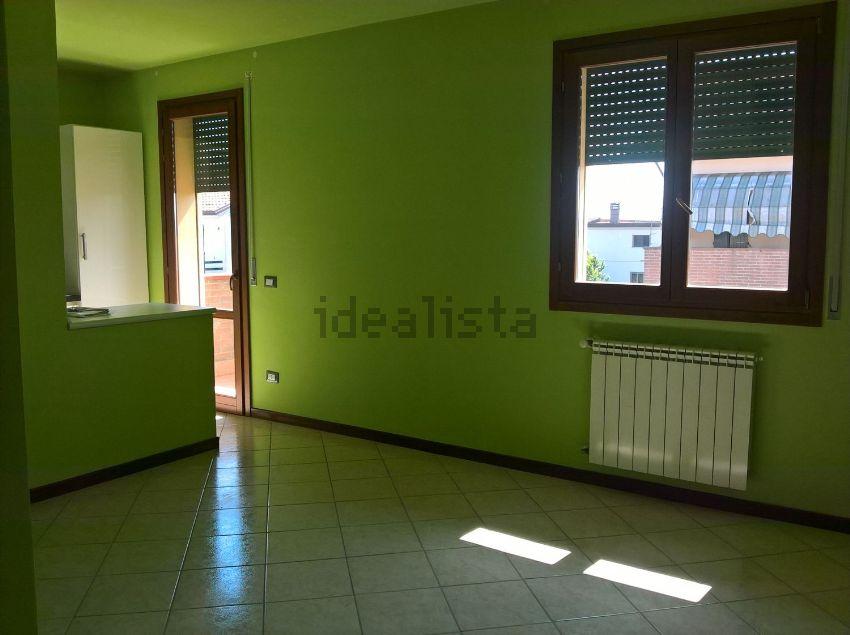 Bilocale Ferrara Via Mario Gaetano Bini 7