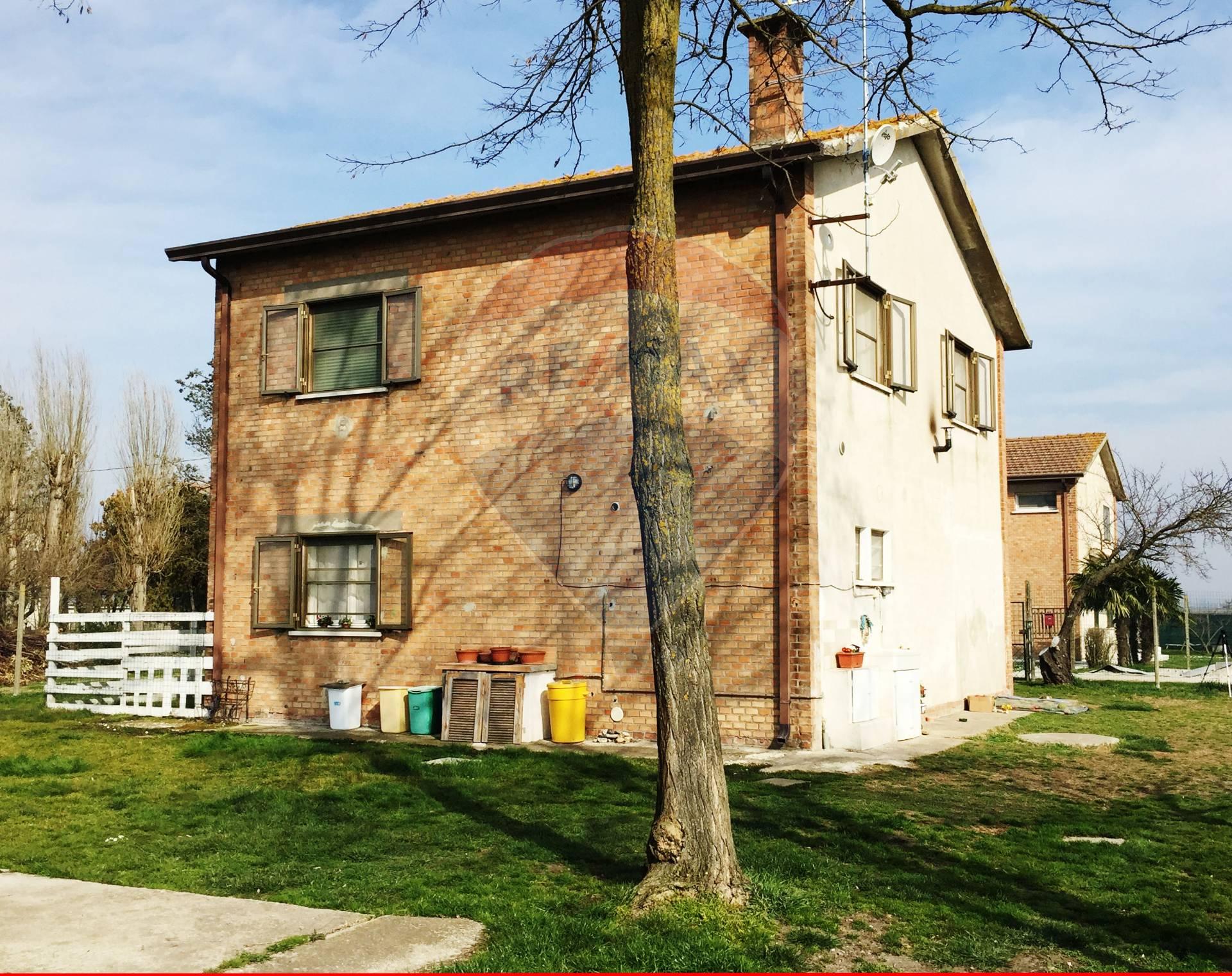 Foto 1 di Casa indipendente Via Igea, Copparo