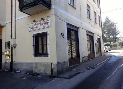 Attività commerciale in Vendita a Jerago con Orago