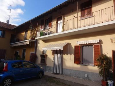 Appartamento in Vendita a Cavaria con Premezzo