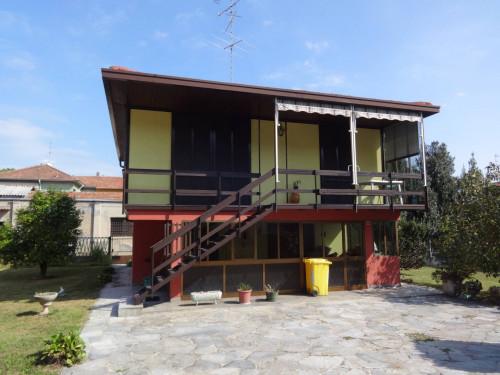 Casa singola in Vendita a Cavaria con Premezzo