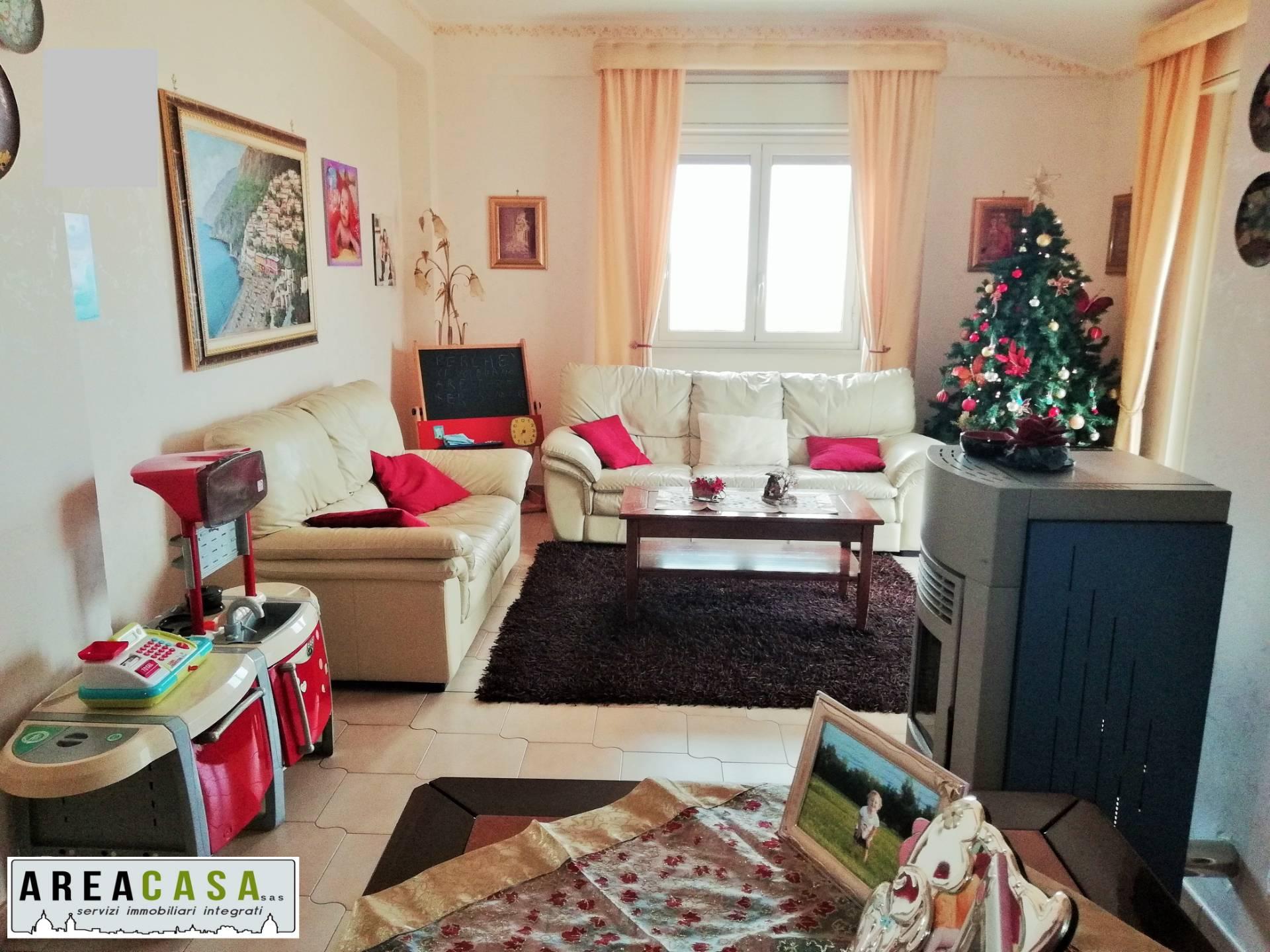vendita appartamento capaci   165000 euro  4 locali  115 mq